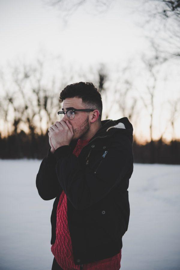 Handen opwarmen tijdens kou